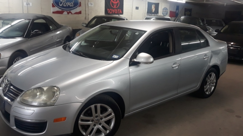 Volkswagen Jetta Sedan 2008 price $2,890