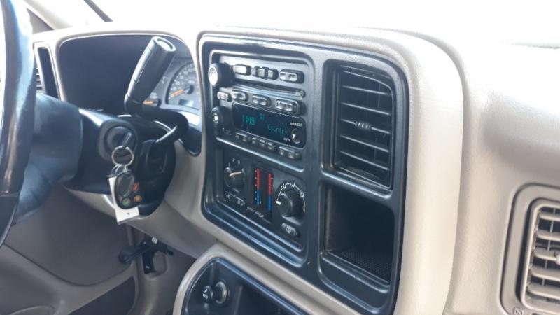 Chevrolet Avalanche 2003 price $3,950