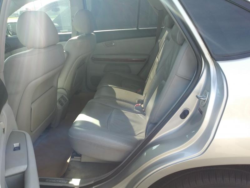 Lexus RX 330 2004 price $4,150