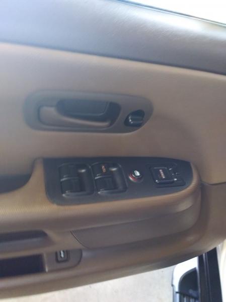 Honda CR-V 2002 price $3,995
