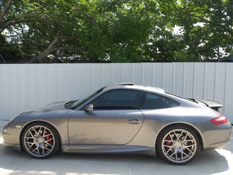 Porsche 911 Carrera S 2005 price $32,500