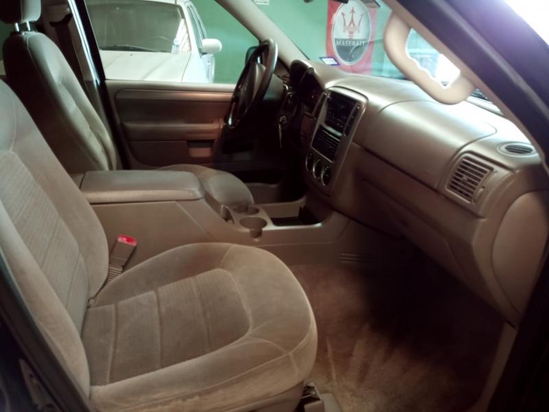 Ford Explorer 2003 price $2,490