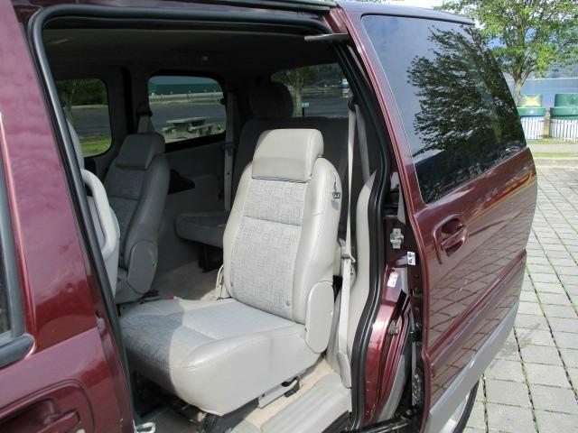 Pontiac Montana SV6 2008 price $3,300