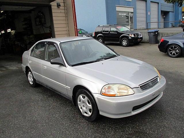 Honda Civic 1998 price $900