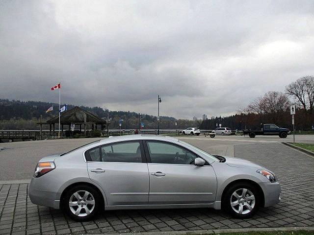 Nissan Altima 2009 price $6,900