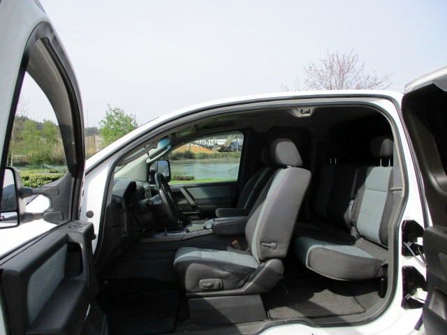 Nissan Titan 2006 price $6,900