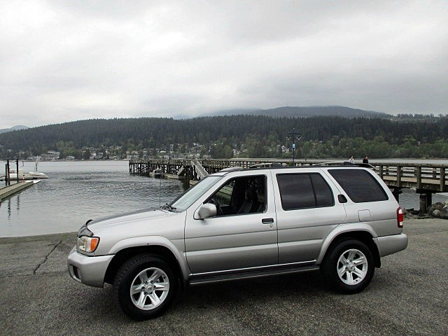 Nissan Pathfinder 2002 price $4,300