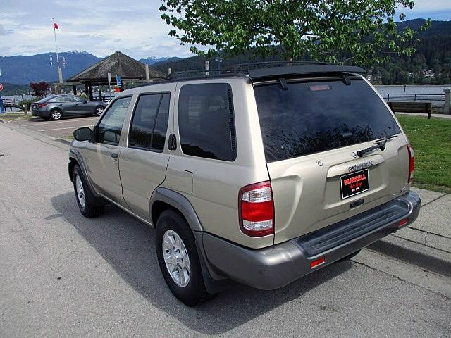 Nissan Pathfinder 1999 price $1,900