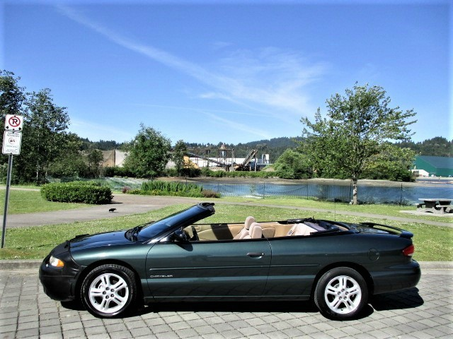 Chrysler Sebring 2000 price $2,500