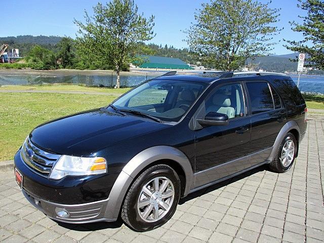 Ford Taurus X 2008 price $5,900