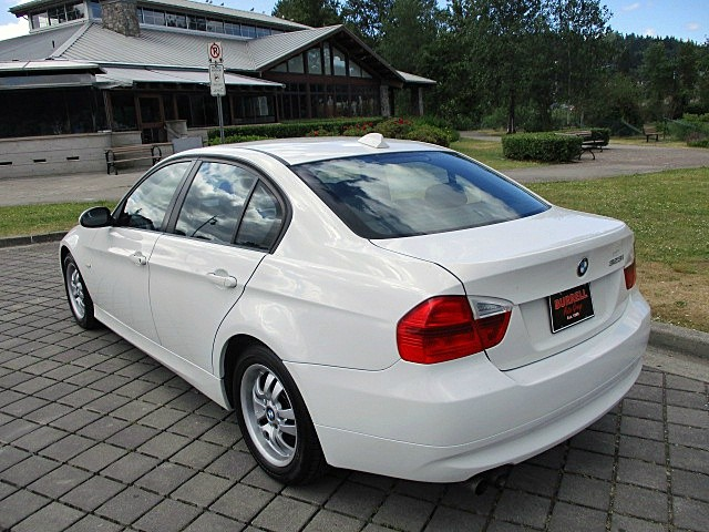 BMW 3-Series 2007 price $7,900