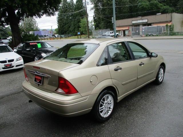 Ford Focus 2000 price $1,200