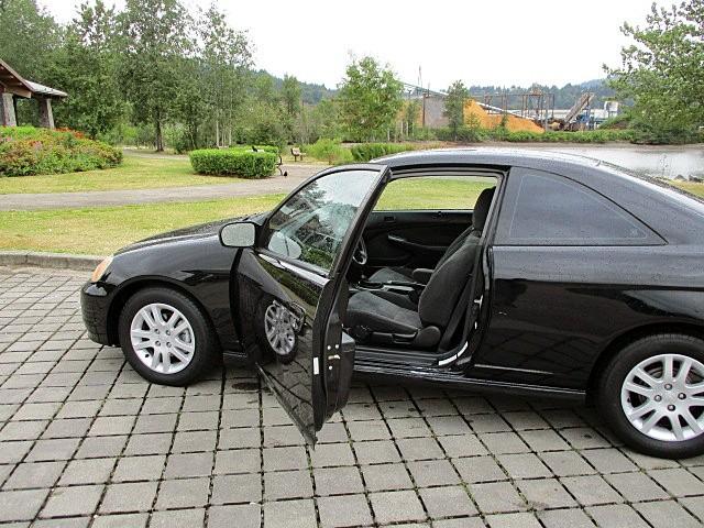 Honda Civic 2002 price $2,500