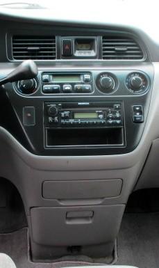 Honda Odyssey 2002 price $2,900