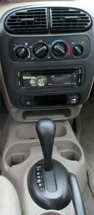 Dodge SX 2.0 2003 price $2,500