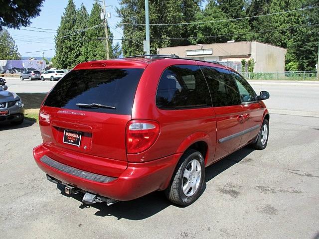 Dodge Grand Caravan 2005 price $2,500