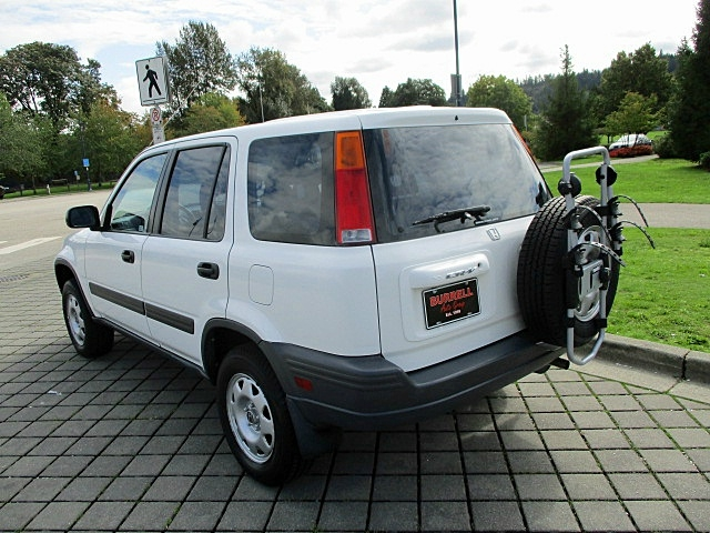 Honda CR-V 2001 price $4,900