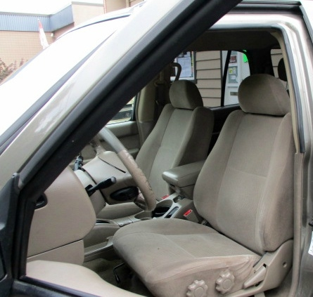 Nissan Pathfinder 2003 price $1,900