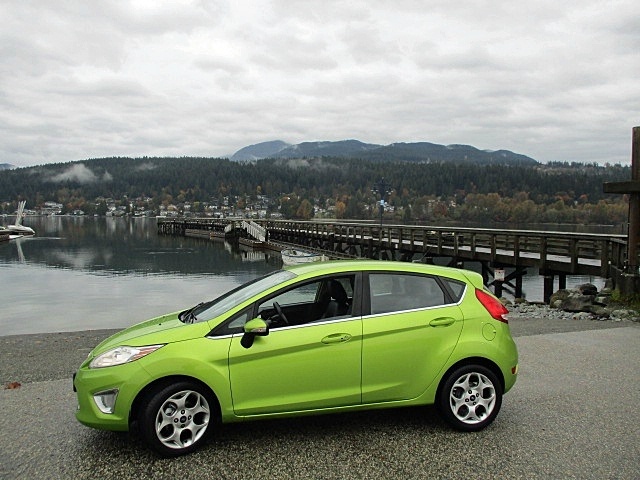 Ford Fiesta 2011 price $6,900