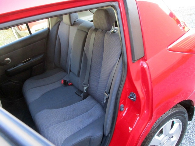Nissan Versa 2008 price $3,500