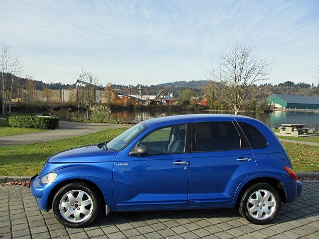Chrysler PT Cruiser 2004 price $2,500