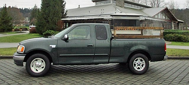 Ford F-150 2001 price $1,900