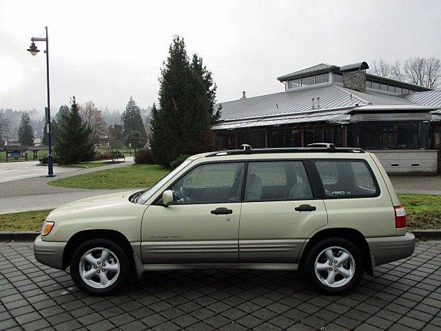 Subaru Forester 2001 price $3,900