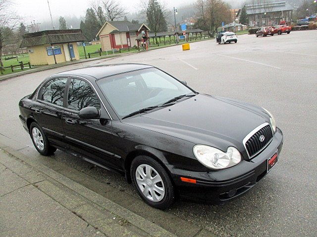 Hyundai Sonata 2005 price $1,900