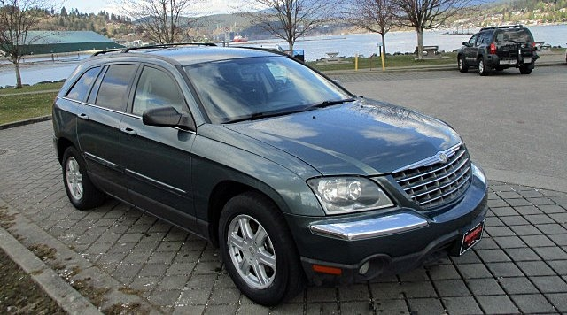 Chrysler Pacifica 2005 price $2,900