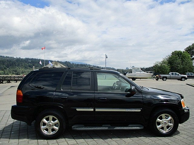 GMC Envoy 2002 price $2,900