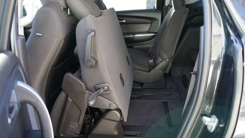GMC Acadia 2010 price 10900+$499(D&H)