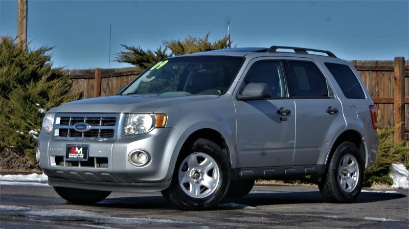 Ford Escape 2009 price 8900 + 499(D&H)