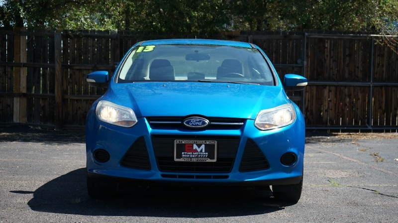 Ford Focus 2013 price $8,900