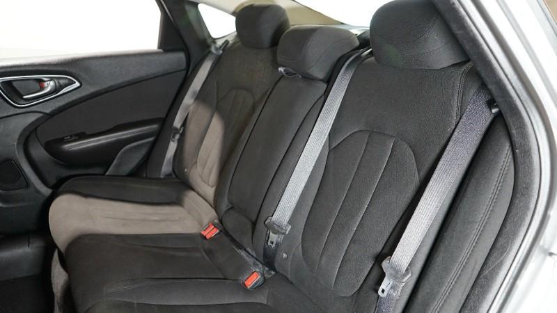 Chrysler 200 2015 price $14,890