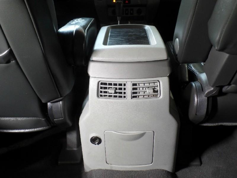 Nissan Pathfinder Armada 2004 price $10,900