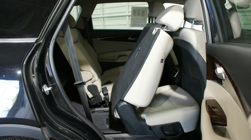 Kia Sorento 2017 price $20,600