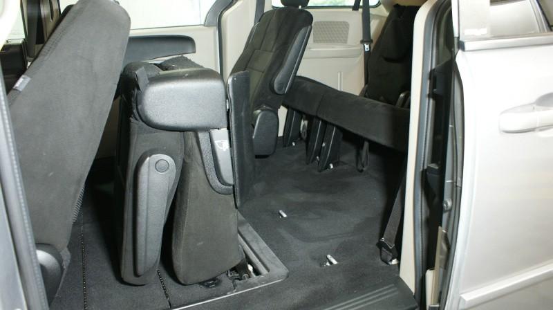 Dodge Grand Caravan 2013 price $10,900