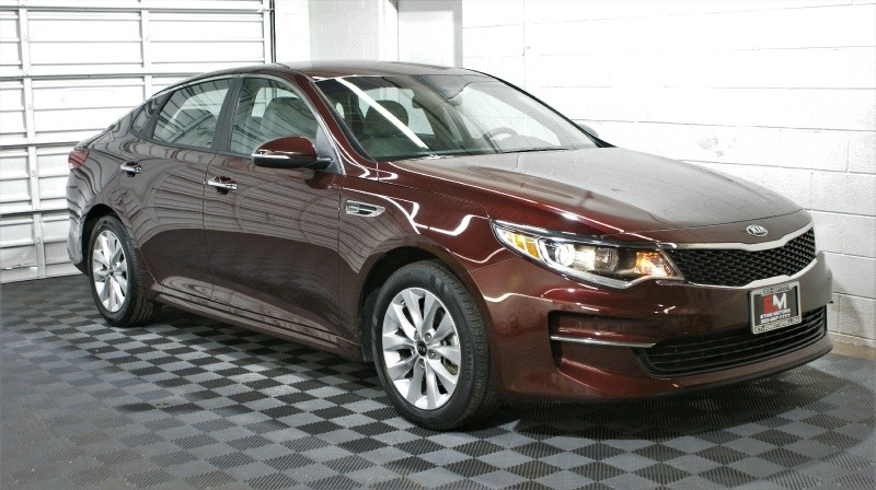 Kia Optima 2017 price $13,800