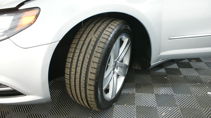 Volkswagen CC 2014 price $15,800
