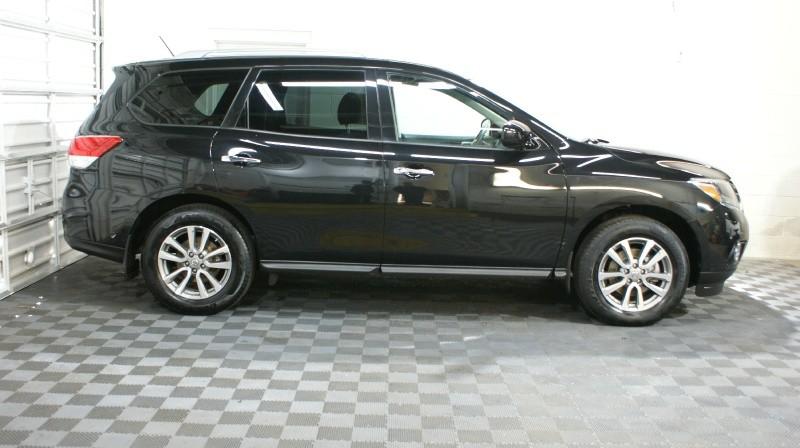 Nissan Pathfinder 2015 price $20,900