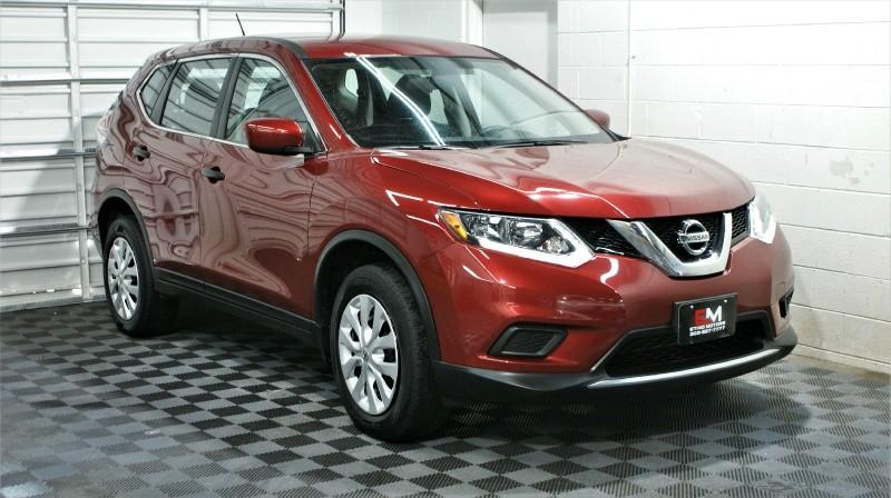 Nissan Rogue 2016 price $17,990