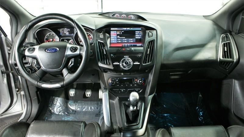 Ford Focus 2013 price $13,980