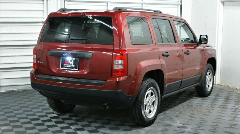 Jeep Patriot 2015 price $15,900