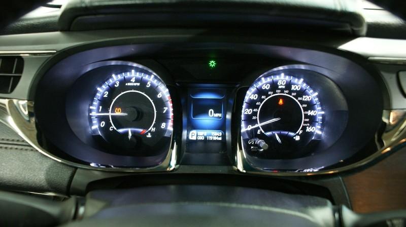 Toyota Avalon 2013 price $13,800
