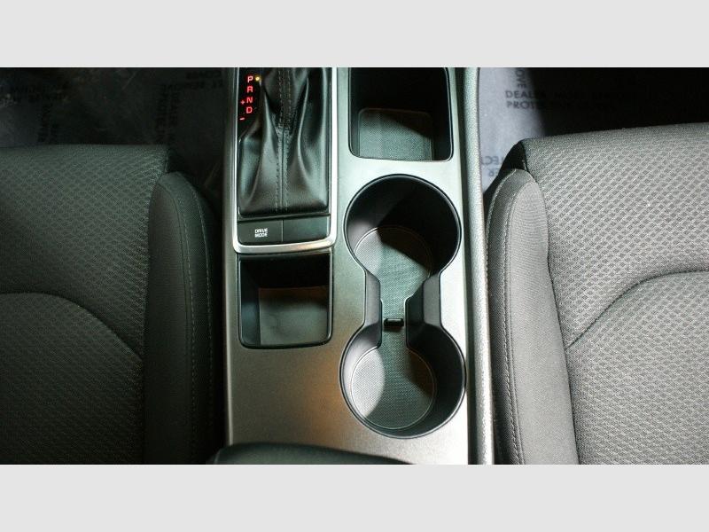Kia Optima 2017 price $14,800