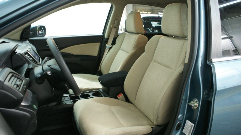 Honda CR-V 2015 price $19,800