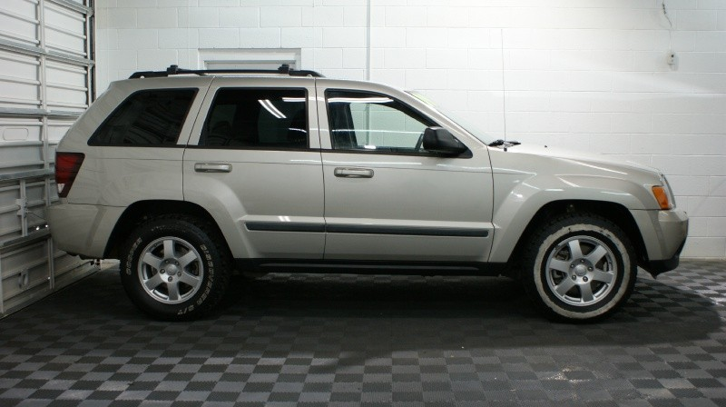 Jeep Grand Cherokee 2009 price $10,980