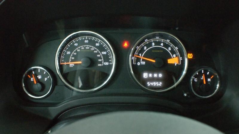 Jeep Compass 2016 price $14,980