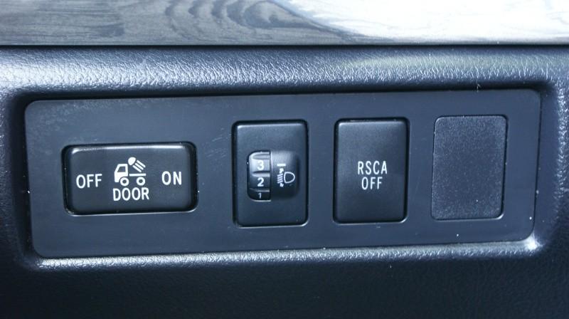 Toyota Tundra 4WD Truck 2011 price $24,990