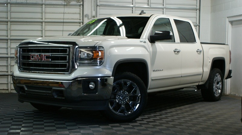 GMC Sierra 1500 2015 price $32,880